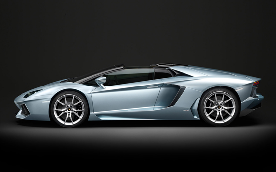 Lamborghini Aventador Roadtser Power Service Luxury Car Hire Italy Europe Florence Rome Milan Monaco Geneva Nizza