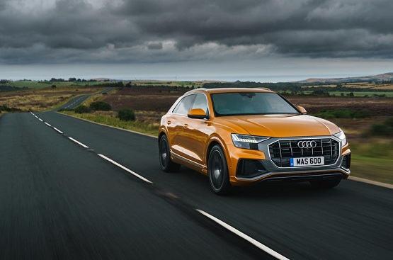 AUDI Q8 3.0 TDI - Power Service Luxury Car Hire