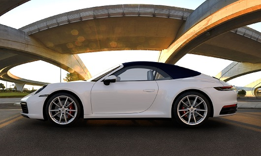 Porsche 911 (992) 4S Cabrio - Power Service Luxury Car Hire