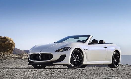 Maserati Grancabrio MC Stradale -