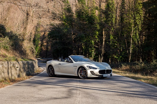 Maserati Grancabrio MC Stradale - Power Service Luxury Car Hire