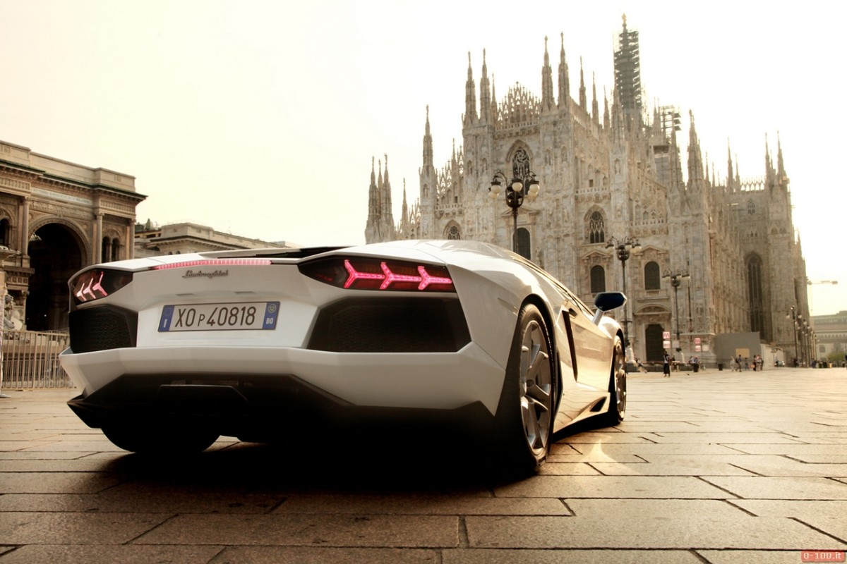 Rent your luxury car in Milan - Power Service Luxury Car Hire